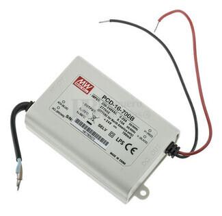Fuente de Alimentaci�n para iluminaci�n Led de interior 16-24 voltios 16,8 watios PCD-16-700B entrada de 180 a 295VCA