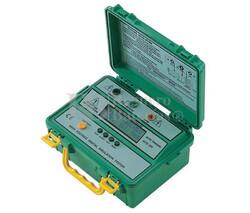Medidor Digital de Aislamiento Eléctrico Proskit 8PK-4103IN
