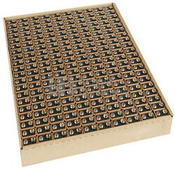 Pila Alcalina Duracell Plus 6LR61 9 Voltios Bandeja de 200 Pilas MN1604